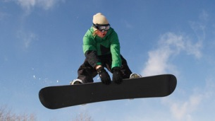 tiny-camera-snowboarder_436x245