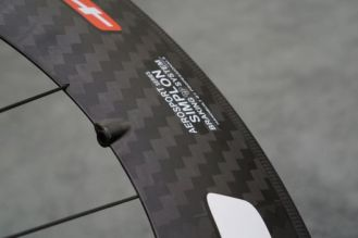 Edco-Aerosport-Simplon-105-and-Fluela-85-carbon-wheels06-600x400